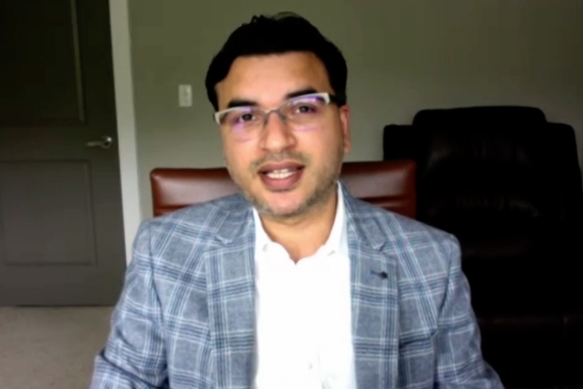 Screen grab of Hemant Kakkar on LinkedIn LIve