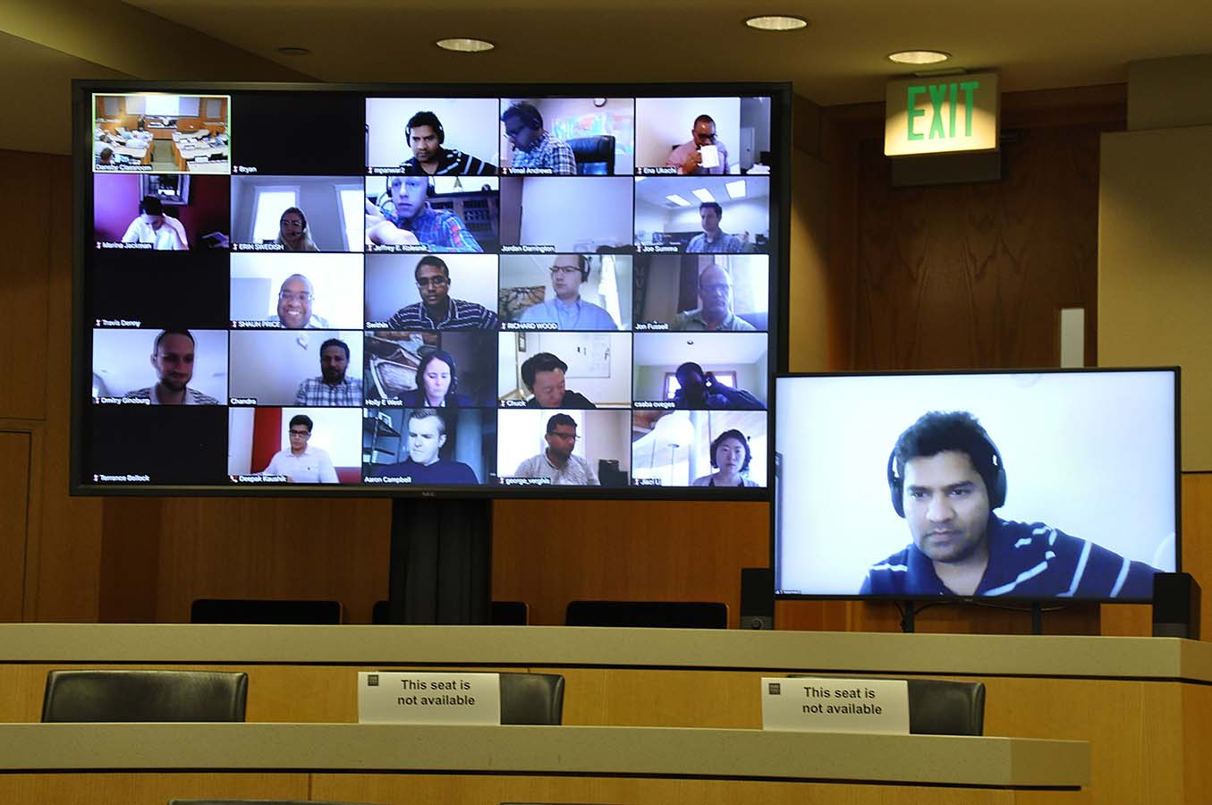 Classroom of Remote Students on Video Monitors